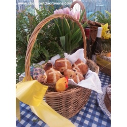 Outdoor Oven Hot Cross Buns